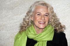 Carole King, age 70, is beautiful!!!