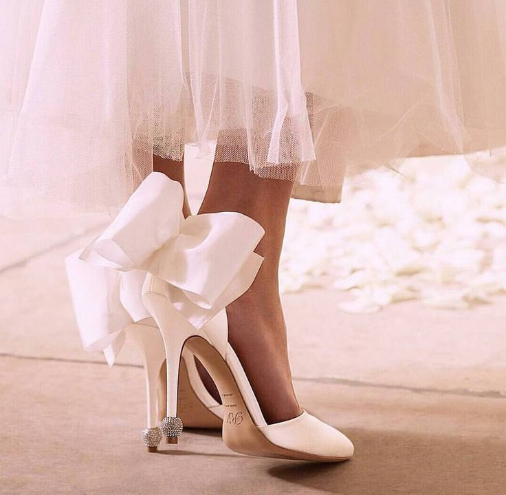 """6,088 Likes, 32 Comments - Wedding Dream (@weddingdream) on Instagram: """"White slippers for the big day? Oh, yes, please. The massive bow detailing on the back brings a…"""""""