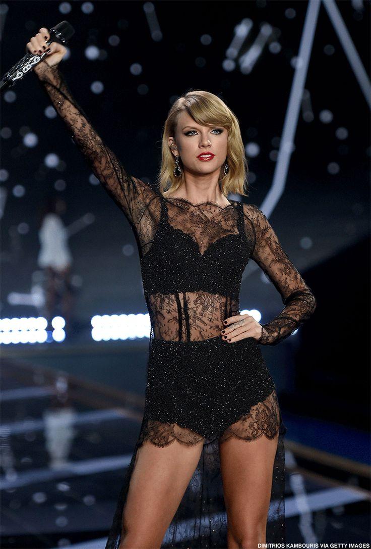 T.Swift rocks black lingerie during her VS Fashion Show performance
