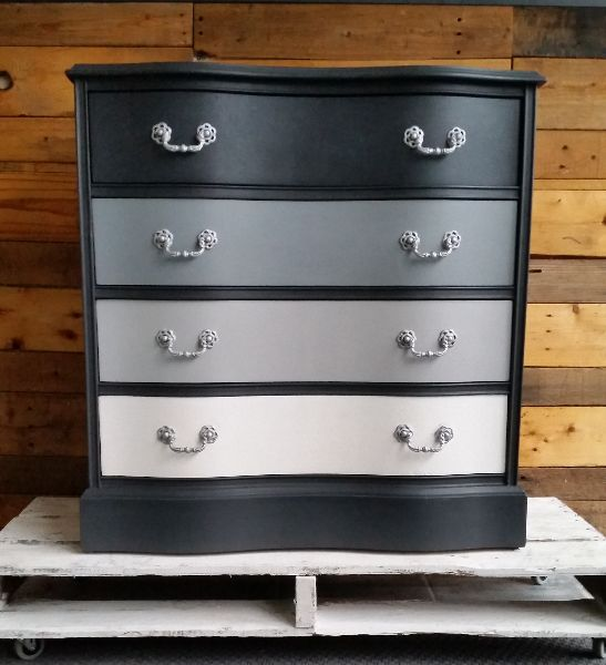 Graphite on outside and top drawer, followed by a 1:1 mix of Graphite and Paris Grey, third drawer Paris Grey, and bottom drawer in Pure White. Finished with Annie Sloan Clear Soft Wax.