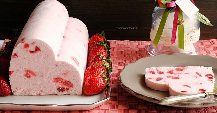 Semifreddo+veloce+alle+fragole+e+yogurt
