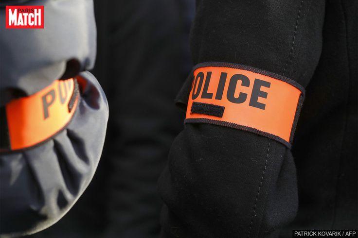 Alors que les autorités ont annoncé dimanche avoir requalifié les accusations de viol en réunion en violences volontaires dans l'affaire de l'agressio...
