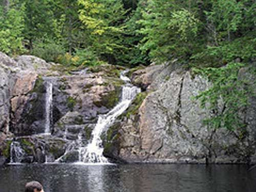 Check out Kings County trails for walking and hiking while you are visiting the Annapolis Valley in Nova Scotia. They have some of the finest scenery you will see in the country.