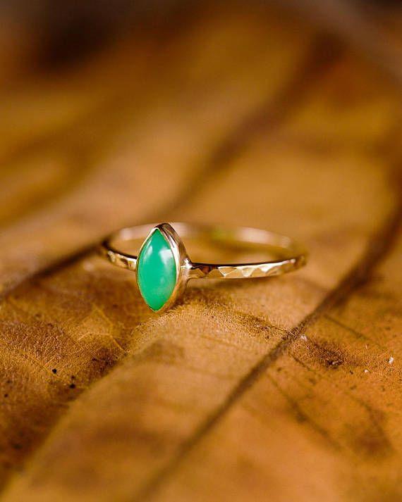 Chrysoprase Ring, Green Stone Ring, Mood Ring, 14k Gold Ring, Engagement Ring, Stacking Ring, Gemstone Ring, Bezel Set Ring, Wedding Ring