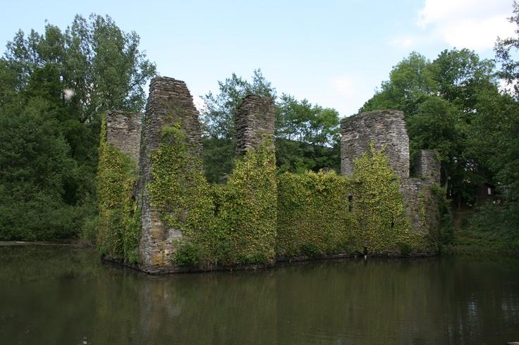 Die Burgruine Eibach in Lindlar, Nordrhein-Westfalen, Germany