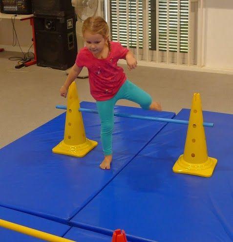 Juego de psicomotricidad en el que los niños ejercitarán su movimiento.