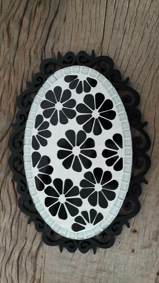 Quadro de flores preto e branco
