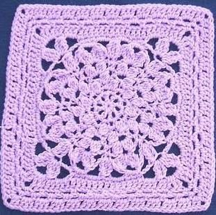 12 inch crochet square pattern: Mums the Word Square