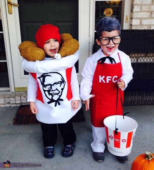 colonel sanders and his bucket of chicken 2015 halloween costume contest via costume_works - Happy Halloween Costume