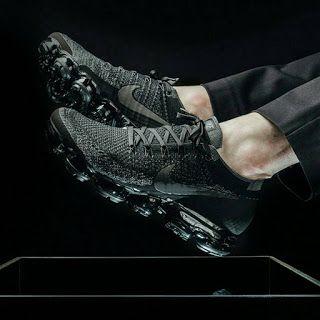 "Nike - Air Vapormax ""Triple Black"""