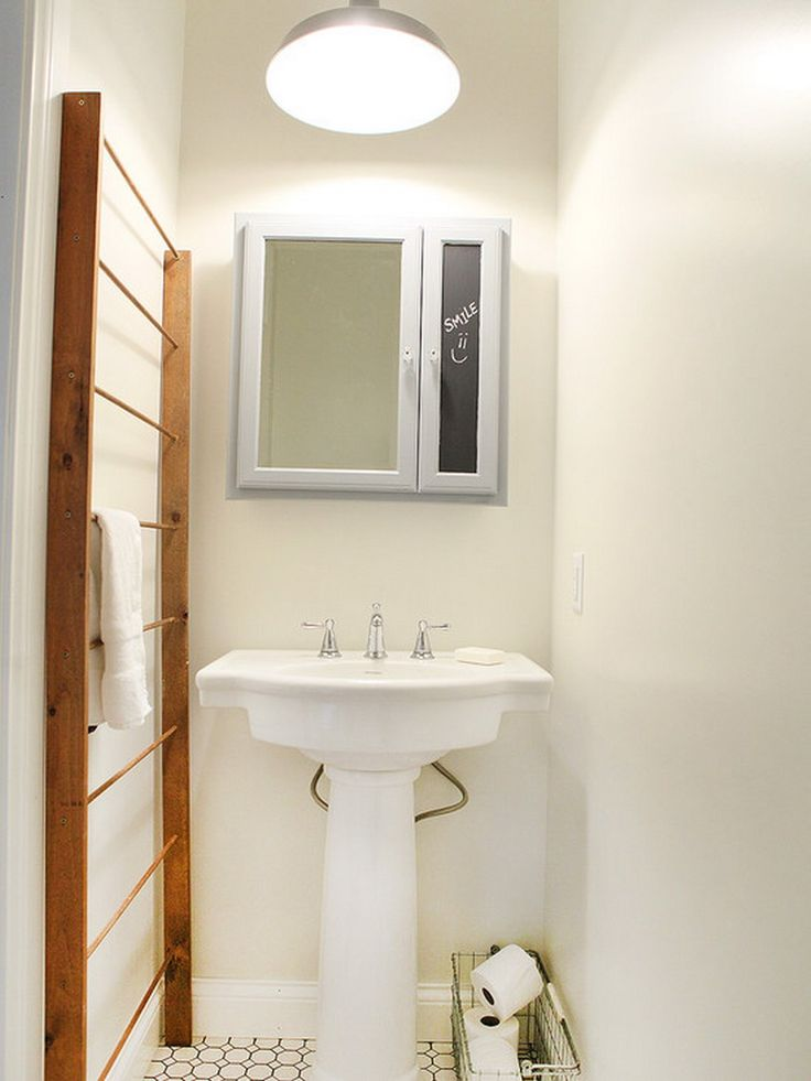 Great towel ladder for our small bathroom