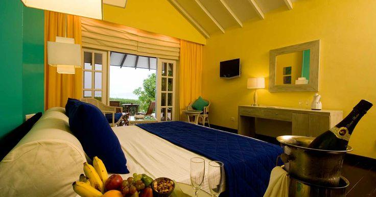 Resort in Maldives | Accommodation at Adaaran Select Meedhupparu