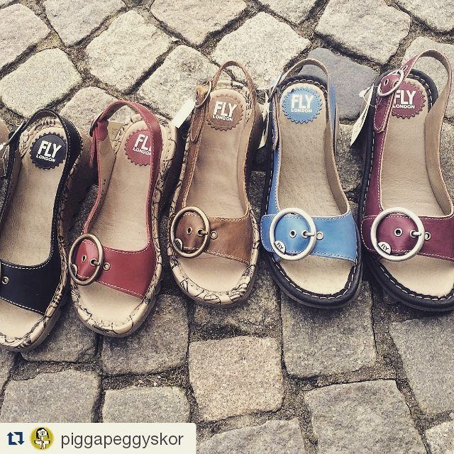 FLY London Spring Summer 2016 Then in Sweden it's hard to choose the perfect color for TRAM sandal :-) Thanks Pigga Peggy! #flylondon #portugueseshoes #sweden