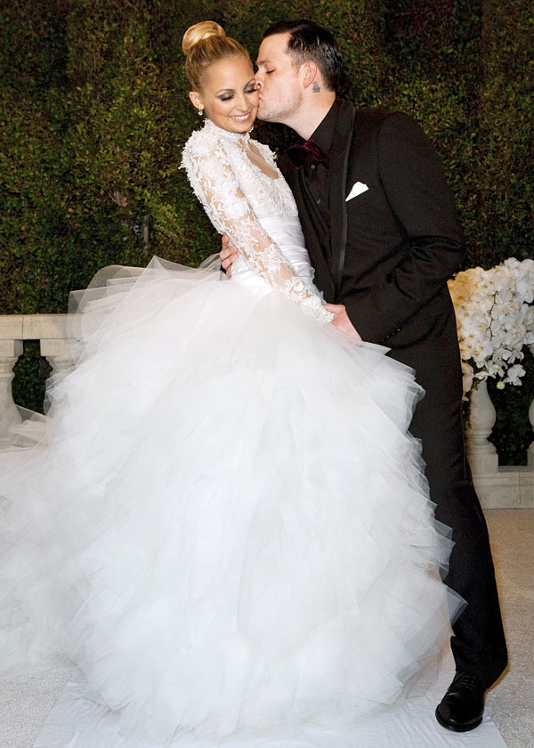 Nicole Richie + Joel Madden #celebrity #wedding