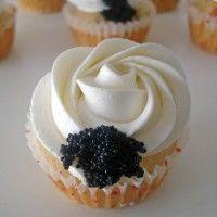 Cupcakes salados (Receta cupcakes de salmón ) http://www.dulcinenca.com/recetas-cupcakes-muffins/recetacupcakes-salados-receta-cupcakes-de-salmon/