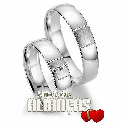 Aliança de noivado e casamento  Aliança em ouro branco 18k 750  Por: R$ 2.277,00  http://www.mundodasaliancas.com.br/