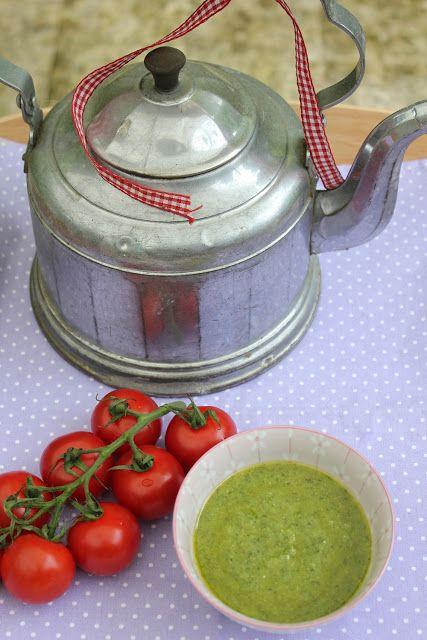 Basilikum-Pesto à la Sansibar Sylt. Und hier ist das Rezept http://wolkenfeeskuechenwerkstatt.blogspot.de/2013/07/basilikum-pesto-la-sansibar.html