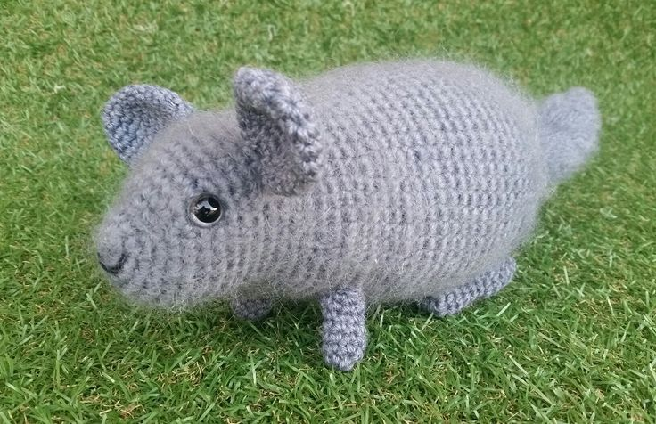 KaTerri Creations Chinchilla Made with wool and mohair yarn, plastic eyes and polyester toy filling.  Length 21cm plus 13cm tail $35.00