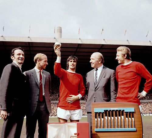 George Best of Manchester United reeives the 13th Ballon d'Or in 1968. From left to right: Franc Football Editor-in-Chief Max Urbini, Bobby Charlton, George Best, Sir Matt Busby, Denis Law.