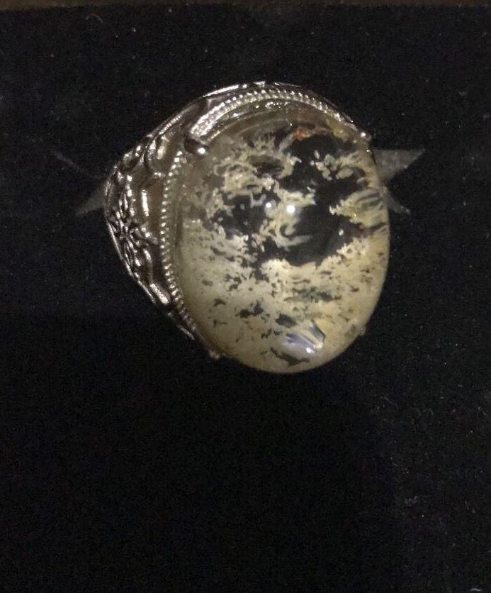 Green Phantom ring | white