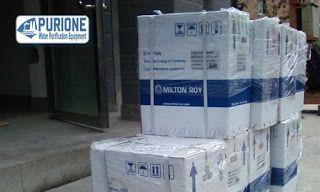 Dosing Pump Milton Roy GM0170 adalah pompa dosing kimia model vertikal untuk injeksi kimia sebesar 170 liter per jam pada tekanan kerja hingga 7 bar - http://www.purione.com/2017/04/dosing-pump-milton-roy-gm0170.html