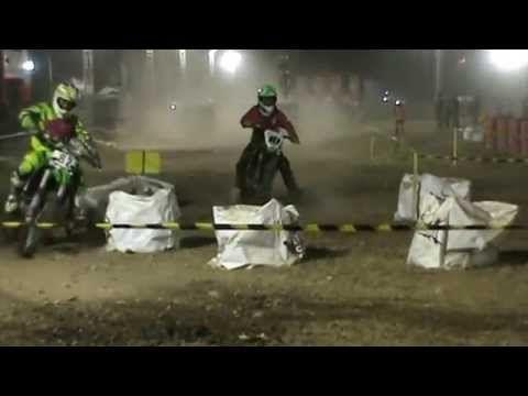 Sesi Latihan Resmi Balap Motor Trial Game Djarum 76 Mojokerto 2015