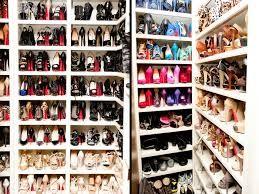 Resultado de imagen para zapatos suela roja louis vuitton