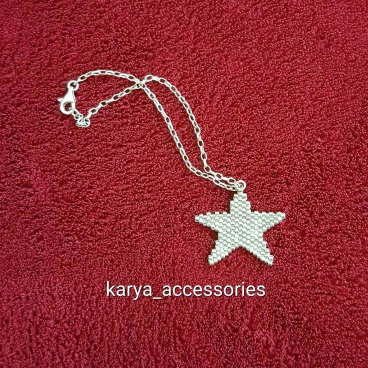Farklı bir yıldız bileklik... #miyuki #miyukibileklik #miyukiboncuk #miyukikolye #miyukiküpe #takı #trend #tasarım #özeltasarım #sipariş #siparişalınır #hediyelik #hediyelikeşya #aksesuar #gümüş #altın #yıldız #star #siyah #tagsforlikes #igers #accessories #beauty #fashion #yılbaşı #christmas