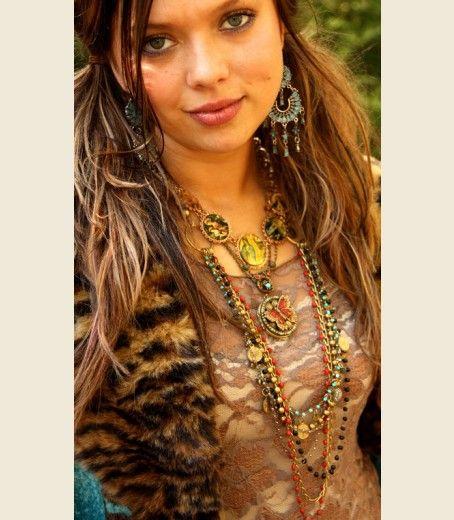 CaSABLAnCA layered necklace