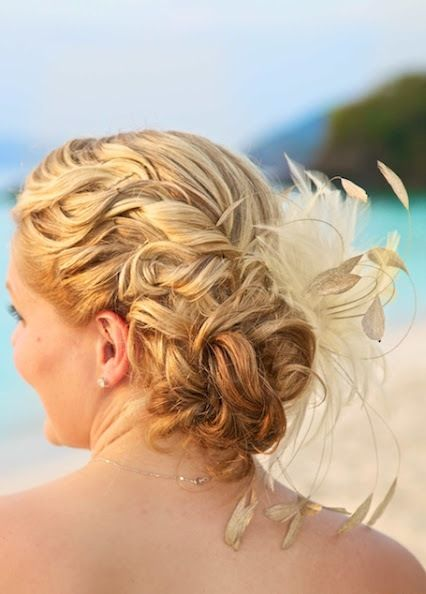 Best 25+ Beach wedding hairstyles ideas on Pinterest ...
