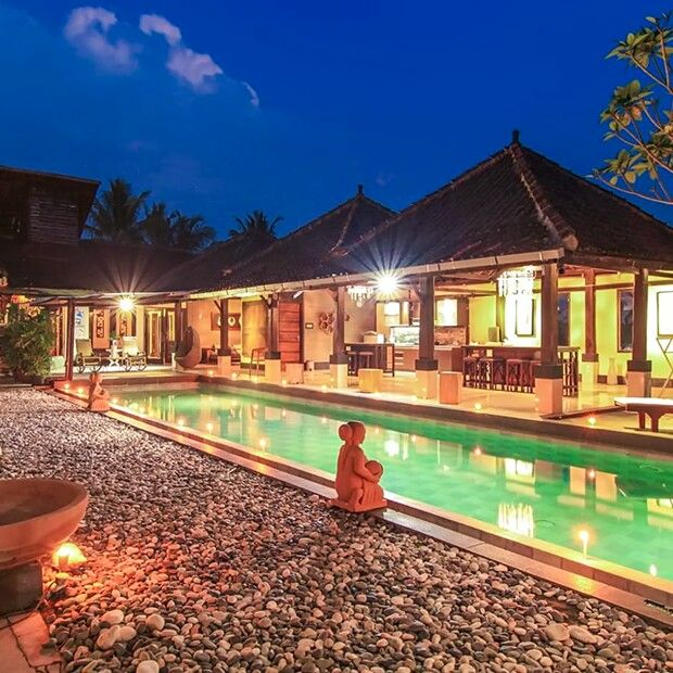 Are you planning to participate or witness the celebration and rituals on Vesak Day at the Borobudur Temple in May 2017? Well, we've come up with a list of the most cozy and affordable homestays in Yogyakarta and Magelang so you can enjoy your trip in comfort. Read below to find out more. #WonderfulIndonesia  Photo source: Villa Padi Yogyakarta  http://www.indonesia.travel/en/post/homey-homestays-in-yogyakarta-and-magelang-central-java