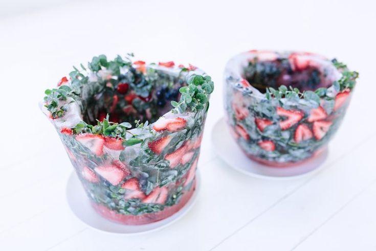 A Pair & A Spare | DIY Frozen Ice Bucket