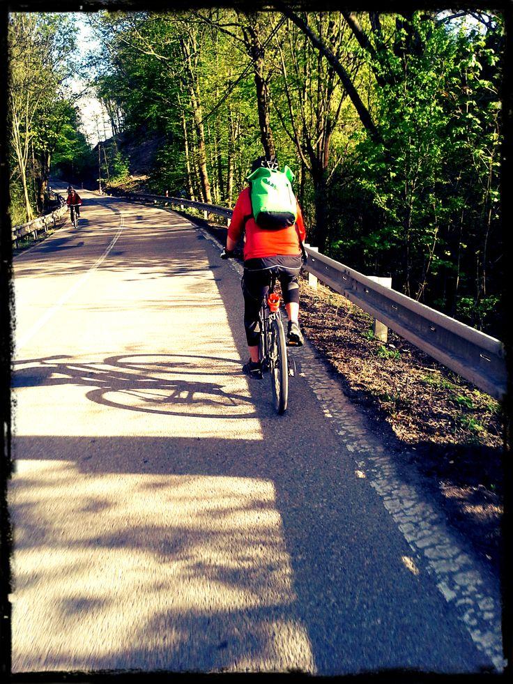 Tady u brněnského príglu, asi na 40 km. To focení za jízdy je fakt o hubu.