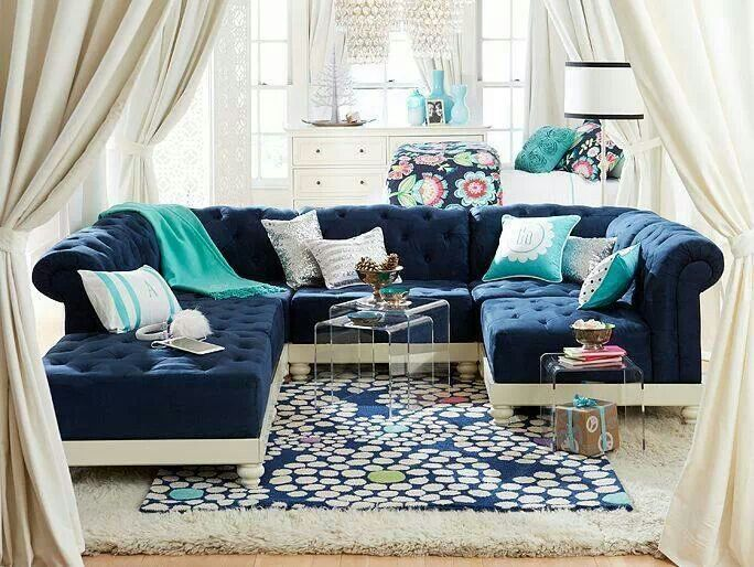Navy and aqua living room design cozy radiant rooms for Navy couch living room