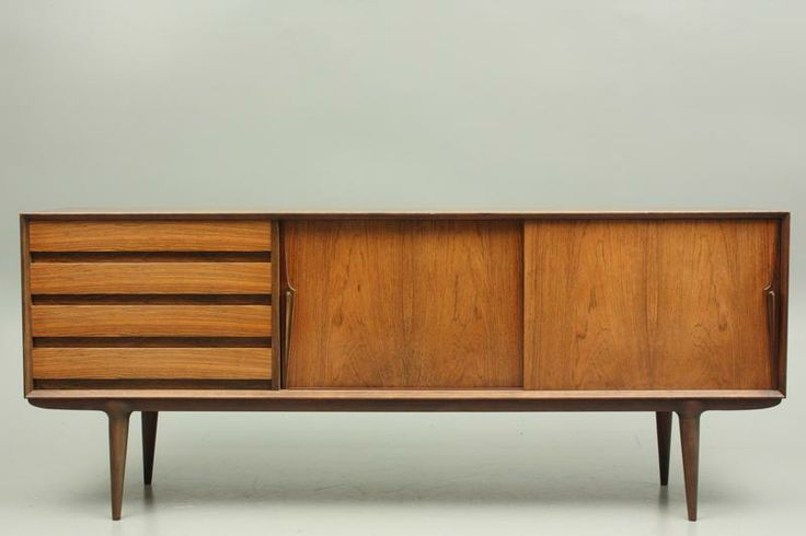 Low sideboard model 18 in rosewood by Gunni Omann and Omann Jun, Denmark