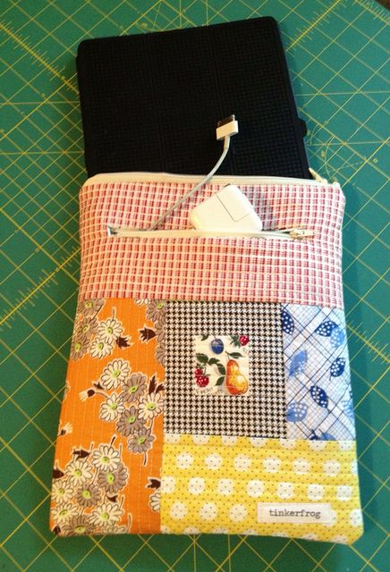 Quilt as you go Tablet or e-reader sleeve tutorial Wish i was talented enough to make that...