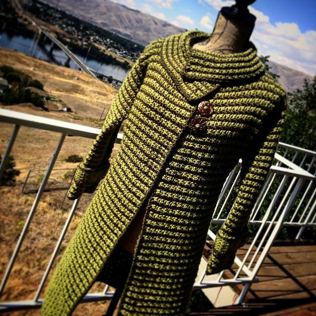 Ravelry: Project Gallery for Women's Houndstooth Jacket pattern by Jennifer Pionk $6.00
