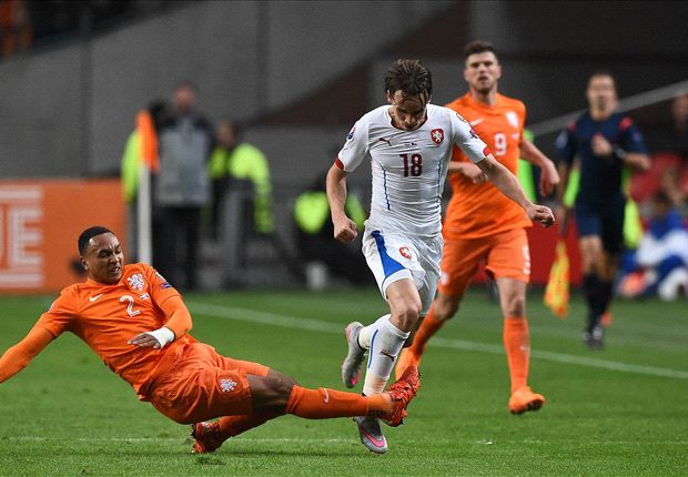 RUMOURS: Man Utd battle Juventus for young Dutch star
