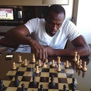 The secret preparation and training of the most famous runner in the world is revealed! The fastest man in the world, Bolt, outside of the running has more hobbies, chess. Read more, LINK: http://www.chessgames.gr/index.php/greek-blog-skaki
