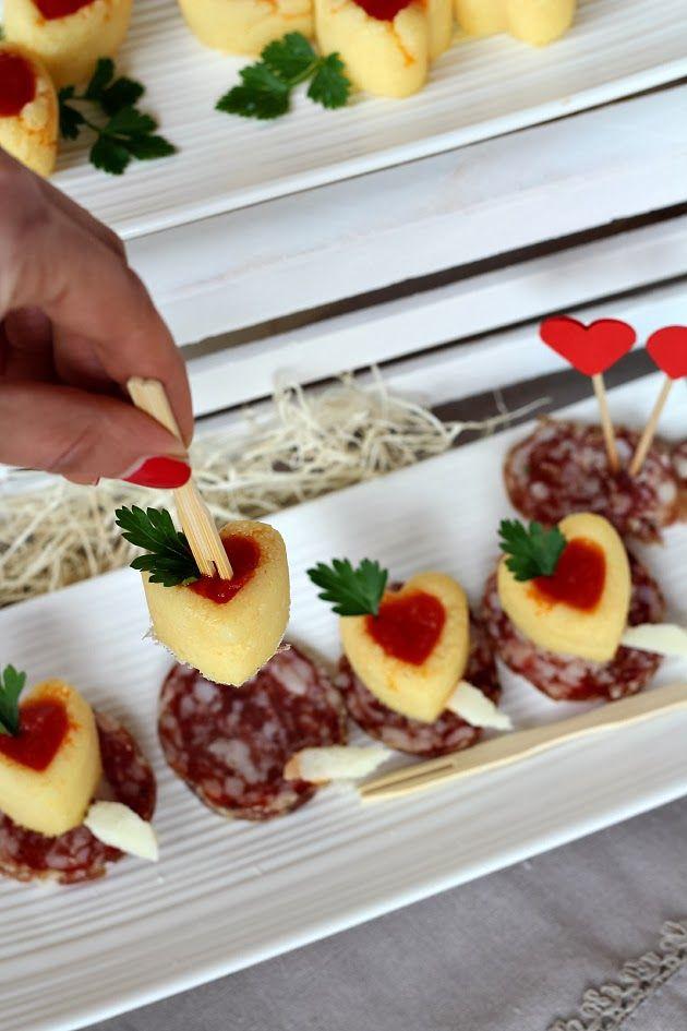 Cuori di polenta con salsa piccante