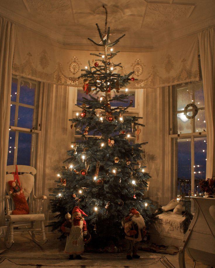Christmas Tree Sweden: Pin By Sandra Usry On Christmas