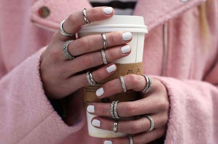 Deze nagellak kleuren staan het beste bij jouw huid