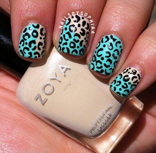Half blue leopard nail design