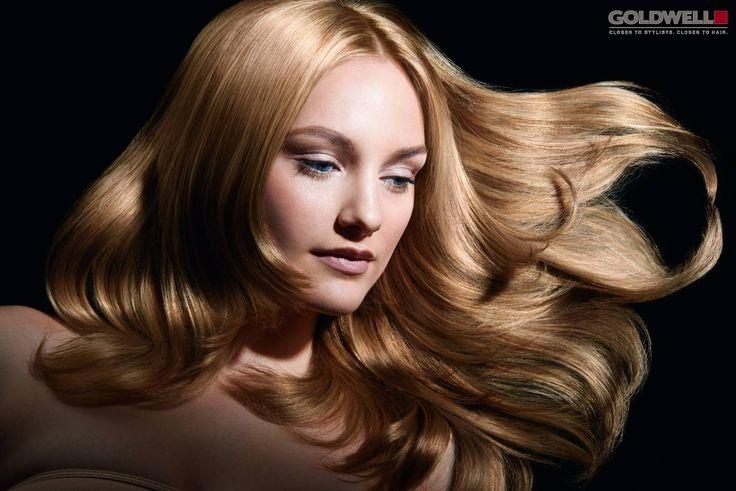 Il primo trattamento sul mercato alla cheratina, completamente personalizzabile sulla base delle diverse esigenze dei capelli della cliente.  Per una trasformazione straordinaria.  Solo nei migliori saloni Goldwell.  Una #trasformazionestraordinaria  From #frustrated to #faboulus