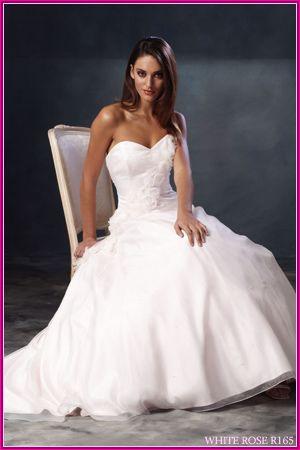 Dresses Lace, Wedding Dressses, Lace Wedding Dresses, White Wedding Dresses, Beautiful White, Strapless Wedding Dresses, Dresses Ideas, White Weddings, Affod Price
