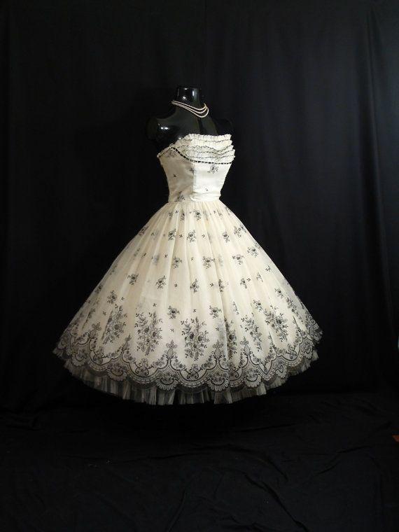 Black and white vintage prom dresses
