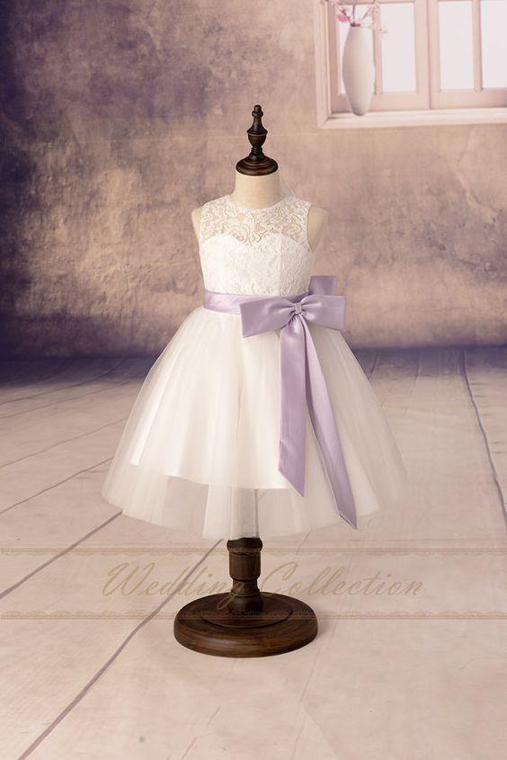 Spitzen-Blumenmädchen Kleider Tüll von Weddingcollection auf Etsy