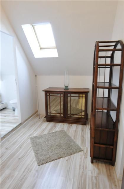 Apartment Rental in Versailles, Saint-Cyr-l'Ecole