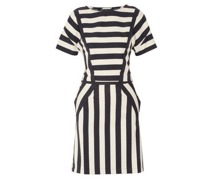 Go graphic with Marc by Marc Jacobs's boldly banded stretch-twill 'Scooter' dress and watch your sartorial status soar. The subtle back slit at the waist gives an unexpected edge, while the precise paneling serves to make the spliced stripes all the more striking. Team it with a color-pop clutch and ankle boots for the coolest look at cocktail hour.