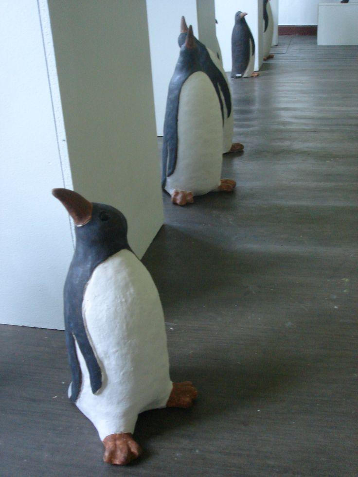 Pingviinit asustavat Taidepappilassa jotta on tehnyt Teemu Luoto